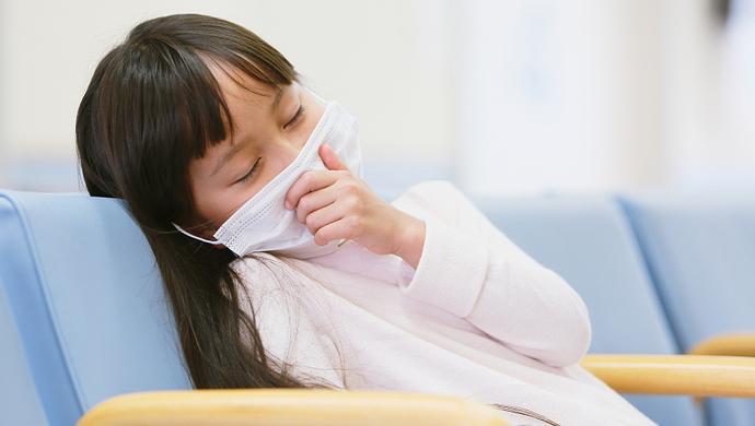 """【網絡謠言粉碎機】流感高發期,這幾條""""坑娃""""傳言不要信"""