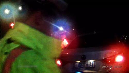 網絡謠言粉碎機 交警查酒駕不查女司機?假的