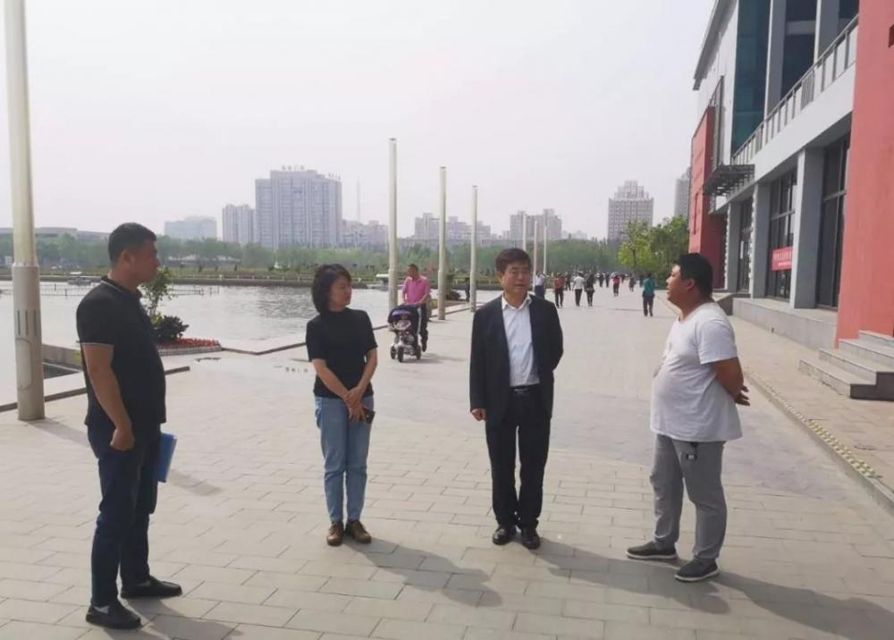 市文廣旅局領導班子成員督導假日文化旅游市場工作