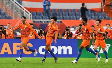 亞冠:山東魯能2:1逆轉韓國慶南 提前一輪小組出線