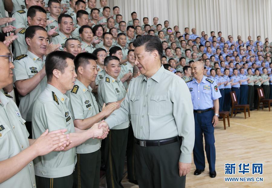 習近平在視察空軍某基地時強調 牢記初心使命 提高打贏能力 以優異成績慶祝新中國成立70周年