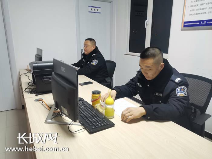 【新春走基层】廊坊巡警:一线坚守保平安
