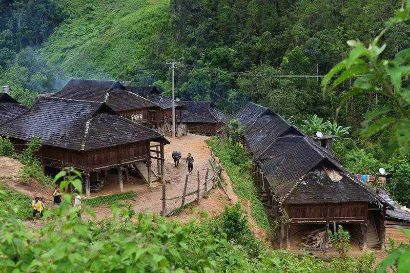 国家民委:6年来民族八省区贫困人口从三千余万降至六百万