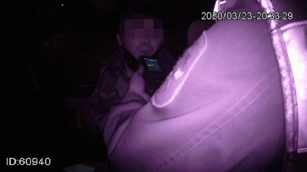 廊坊一男子醉驾遇交警  停车躲避检查未果被查获