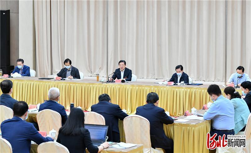 河北省代表团审议全国人大常委会工作报告
