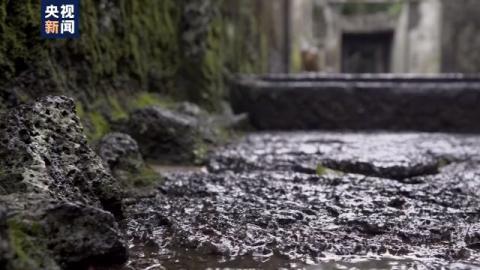 """走向我们的小康生活丨曾经穷得只有石头如今成为富裕村 海南石头村变""""形""""记"""