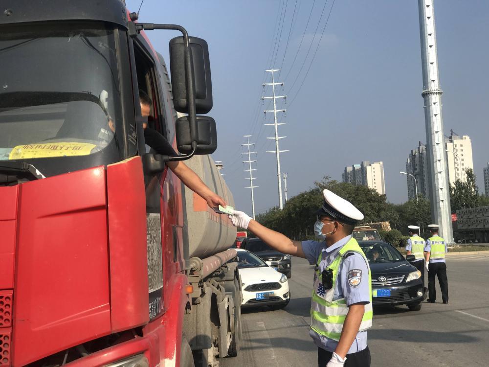 廊坊交警重拳出击开展重点交通违法行为整治行动