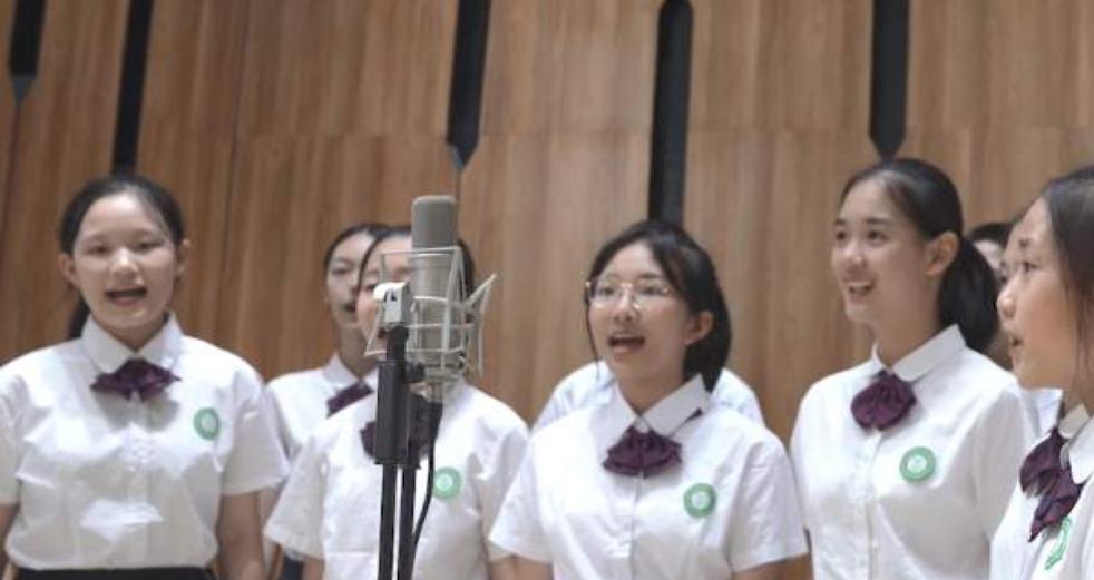 致敬抗美援朝先烈|廈門六中合唱團純人聲版《我的祖國》