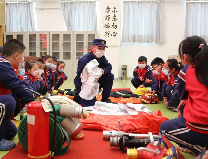河北固安:消防安全宣傳教育護航開學季
