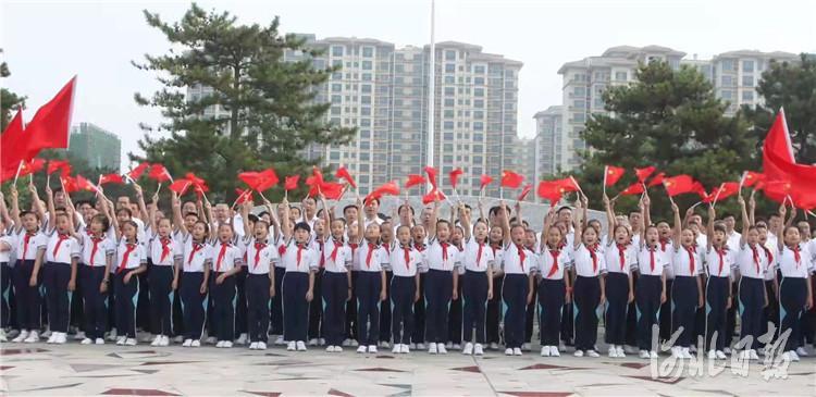 香河县录制大型快闪红色组歌献礼党的百年华诞