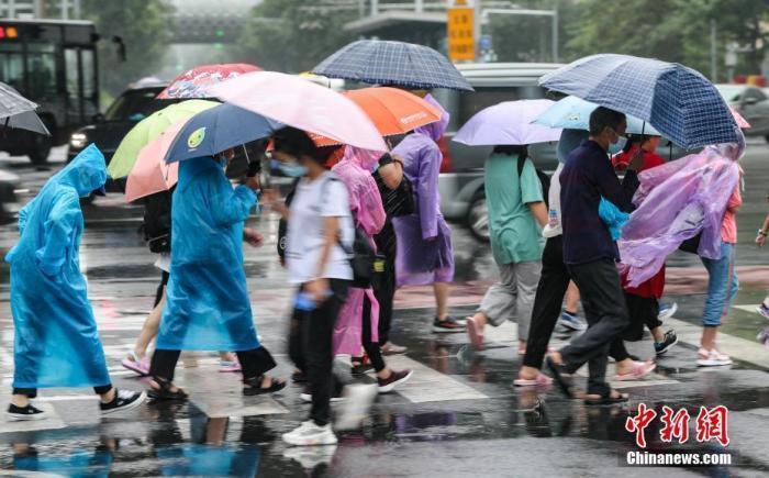 多地降雨量破历史极值,暴雨下一站去哪里?
