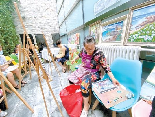 """北京通州建成158家养老服务驿站和助餐点 """"家外之家""""温暖社区老人"""